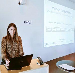 Chiara presenting at Cochrane Sweden